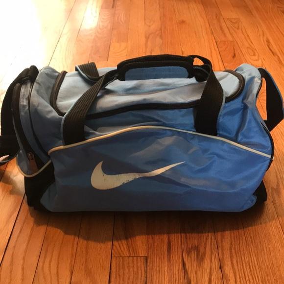 Nike mini light blue duffel bag. M 5ac91a422c705d43a1d274ef 527102210